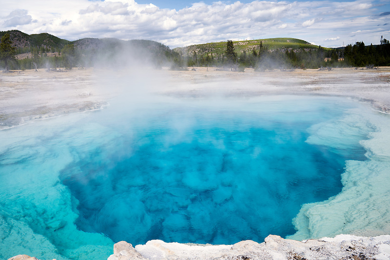 Saphire Pool. Biscuit Basin. Yellowstone National Park, Wyoming