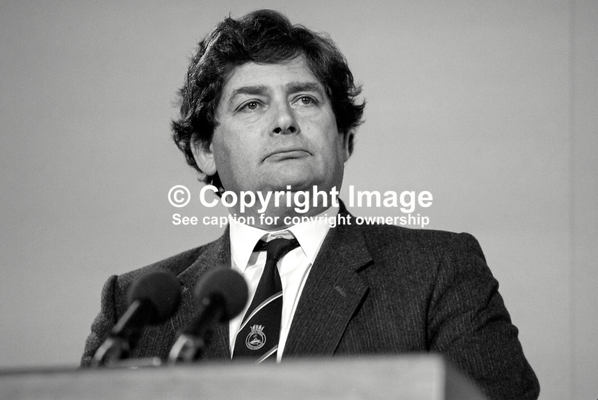 Nigel Lawson, MP, Conservative Party, Chancellor of the Exchequer, UK, 19871032NL2...Copyright Image from Victor Patterson, 54 Dorchester Park, Belfast, UK, BT9 6RJ..Tel: +44 28 9066 1296.Mob: +44 7802 353836.Voicemail +44 20 8816 7153.Skype: victorpattersonbelfast.Email: victorpatterson@me.com.Email: victorpatterson@ireland.com (back-up)..IMPORTANT: If you wish to use this image or any other of my images please go to www.victorpatterson.com and click on the Terms & Conditions. Then contact me by email or phone with the reference number(s) of the image(s) concerned.