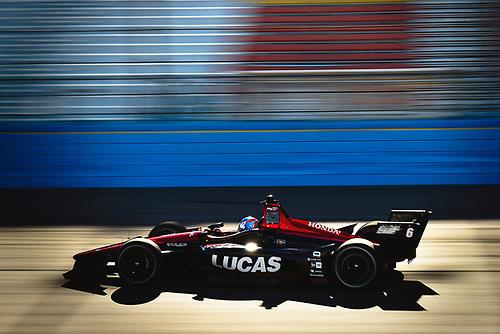 2018 Verizon IndyCar Series Phoenix testing<br /> Phoenix Raceway, Avondale, Arizona, USA<br /> Thursday 8 February 2018<br /> Robert Wickens, Schmidt Peterson Motorsports Honda<br /> World Copyright: Scott R LePage/LAT Images<br /> ref: Digital Image _SRL2899