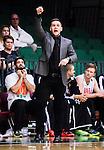 S&ouml;dert&auml;lje 2014-10-11 Basket Basketligan S&ouml;dert&auml;lje Kings - Ume&aring; BSKT :  <br /> Ume&aring;s tr&auml;nare head coach Jesper Gustavsson reagerar<br /> (Foto: Kenta J&ouml;nsson) Nyckelord:  S&ouml;dert&auml;lje Kings SBBK Basket Basketligan T&auml;ljehallen Ume&aring; BSKT portr&auml;tt portrait