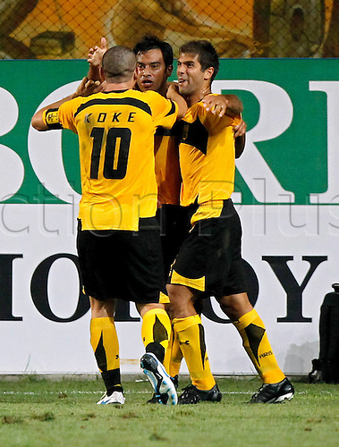 17 08 2010 Europa League Play-off, first leg, Aris Solonika 1 Austria Vienna 0, August 17th, Thessaloniki Greece, Sergio Koke Kostas Mendrin and Carl Ruiz celebrate goal