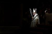 Papa Francesco durante una funzione religiosa nella Basilica di San Pietro