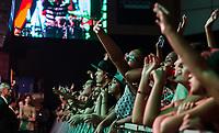 RIO DE JANEIRO, RJ, 08.04.2017 - SHOW-RJ - Show da banda Natiruts no Metropolitan, na zona oeste da cidade do Rio de Janeiro, na noite desse sábado, (08). Natiruts é uma banda brasileira de reggae pop formada em Brasília em 1996. (Foto: Jayson Braga / Brazil Photo Press)