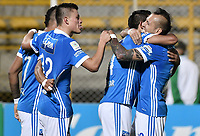 BOGOTÁ -COLOMBIA, 12-08-2017: Jugadores de Millonarios celebran después de anotar un gol a La Equidad durante partido por la fecha 7 de la Liga Águila II 2017 jugado en el estadio Metropolitano de Techo de la ciudad de Bogotá. / Players of Millonarios celebrate after scoring a goal to La Equidad during match for the date 7 of the Aguila League II 2017 played at Metropolitano de Techo stadium in Bogotá city. Photo: VizzorImage/ Gabriel Aponte / Staff