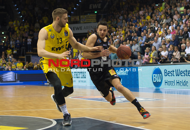 10.05.2019, EWE Arena, Oldenburg, GER, easy Credit-BBL, EWE Baskets Oldenburg vs Mitteldeutscher BC, im Bild<br /> Marko BACAK (EWE Baskets Oldenburg #13 ) Jovan NOVAK (Mitteldeutscher BC #20 )<br /> <br /> Foto © nordphoto / Rojahn