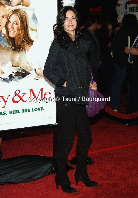 Courtney Cox-Arquette --<br /> Marley &amp; Me Premiere at the Westwood Village Theatre In Los Angeles.