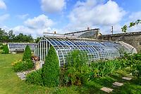 France, Indre-et-Loire (37), Montlouis-sur-Loire, jardins du château de la Bourdaisière, le potager, serre ancienne