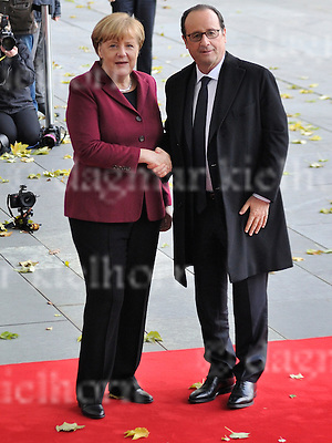 Nov.18-16 Chancellery,Berlin,Germany<br /> French President  Fran&ccedil;ois Hollande is<br /> welcomed by the German Chancellor Angela Merkel