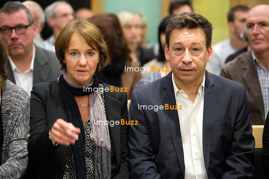 Nadine Pirotton, la soeur de la victime et Bernard Sohet, le cousin de la victilme,l ors du 6e jour du proc&egrave;s d'assises. L'ex d&eacute;put&eacute; belge Bernard Wesphael au palais de justice de Mons, soup&ccedil;onn&eacute; d'avoir assassin&eacute; sa femme, V&eacute;ronique Pirotton, dans un h&ocirc;tel d'Ostende, le 31 octobre 2013.<br /> Belgique, Mons, 27 septembre 2016.<br /> Trial of ex Belgian deputy Bernard Wesphael -<br /> Nadine Pirotton, sister of the victim Veronique Pirotton and Bernard Sohet, cousin of the victim during the sixth day trial at the Assize Court of Hainaut province, for the murder of his wife Veronique Pirotton, in an hotel in Ostende on 31 October 2013.<br /> Belgium, Mons, 27 September 2016