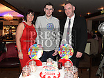 Darren Arnold celebrating his 21st birthday in Daly's of Donore with parents Fintan and Caroline. Photo:Colin Bell/pressphotos.ie