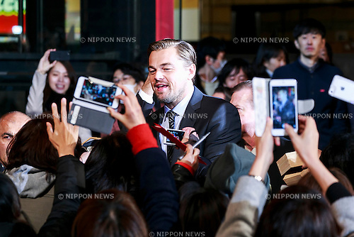American actor Leonardo DiCaprio signs autographs for fans during the Japan premiere for the film The Revenant at Roppongi Hills on March 23, 2016, in Tokyo, Japan. DiCaprio won the Academy Award for Best Actor in a Leading Role for The Revenant and the film also took the Academy Awards for Best Achievement in Directing and Best Achievement in Cinematography, as well as being nominated in 9 other categories. The film hits the Japanese theaters on April 22, 2016. (Photo by Rodrigo Reyes Marin/AFLO)