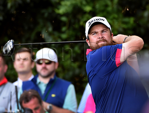 07.04.2016. Augusta, GA, USA. Shane Lowry watches his drive from the 14th tee during the first round of the Masters Golf Tournament on Thursday, April 7, 2016, at Augusta National Golf Club in Augusta, Ga