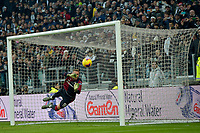 6th January 2020; Allianz Stadium, Turin, Italy; Serie A Football, Juventus versus Cagliari; goalkeeper Robin Olsen of Cagliari saves a free kick by Miralem Pjanic of Juventus - Editorial Use