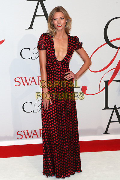 NEW YORK, NY - JUNE 1: Karlie Kloss at the 2015 CFDA Fashion Awards at Alice Tully Hall, Lincoln Center in New York City on June 1, 2015. <br /> CAP/MPI/COR99<br /> &copy;COR99/MPI/Capital Pictures