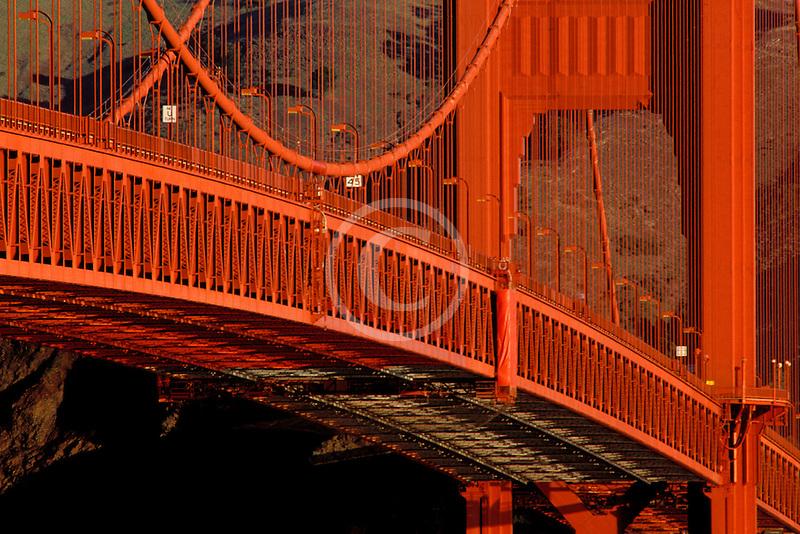 California, San Francisco, Golden Gate Bridge roadway