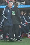 12.01.2018, BayArena, Leverkusen , GER, 1.FBL., Bayer 04 Leverkusen vs. FC Bayern M&uuml;nchen<br /> im Bild / picture shows: <br /> Jupp Heynckes Trainer / Headcoach (Bayern Muenchen), im Gespr&auml;ch mit dem Marcel Pelgrim (4. Offizieller)<br /> <br /> <br /> Foto &copy; nordphoto / Meuter