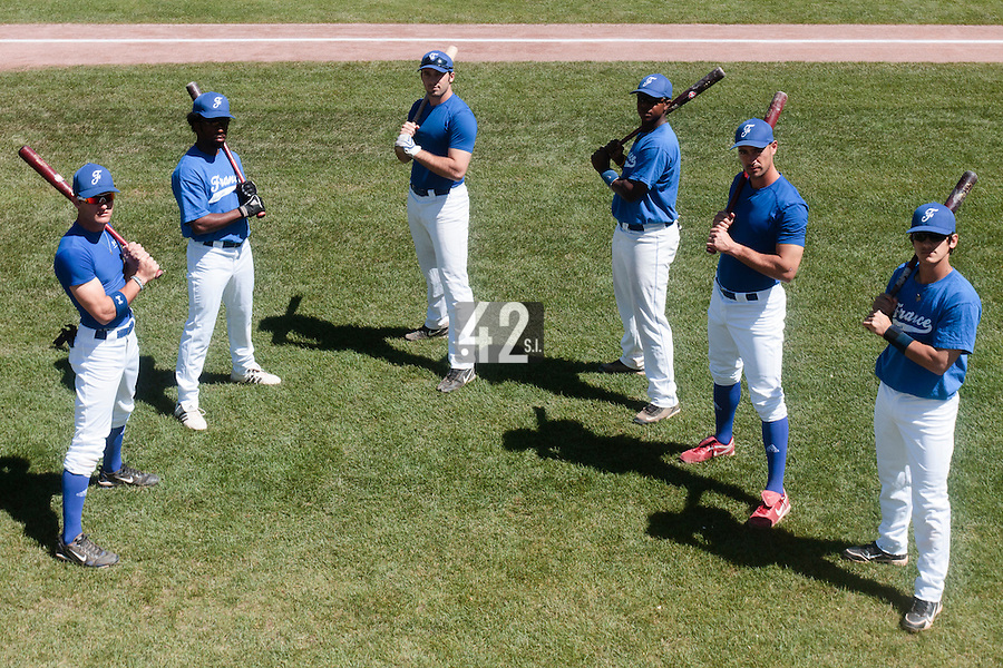 31 July 2010: Joris Bert, Felix Brown, Gaspard Fessy, Omar Williams, Jerome Rousseau, Maxime Lefevre, pose prior to Greece 14-5 win over France, at the 2010 European Championship, in Heidenheim, Germany.