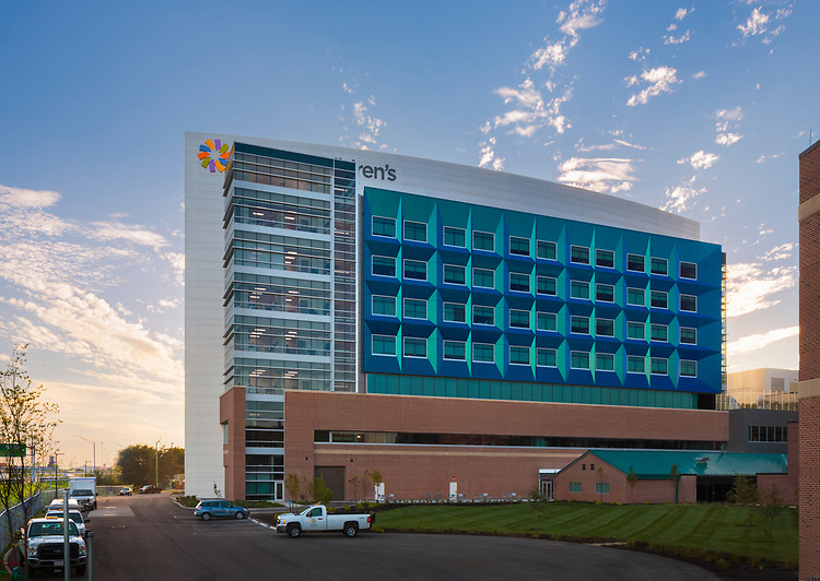 Dayton Children's Hospital Bed Tower | Cannon Design (formerly FKP Architects)