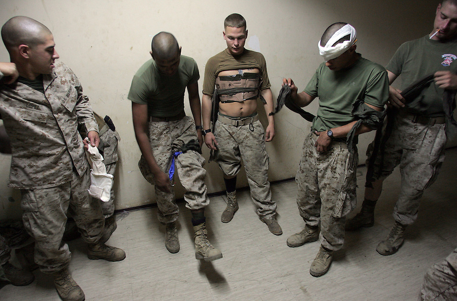 Kilo Co. 3/1 carries out a mass casualty drill ahead of Operation River Gate at Haditha Dam on Sept. 28, 2005.