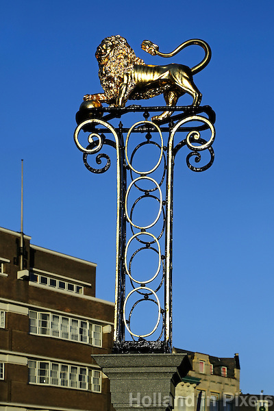Den Bosch -  Vergulde leeuw in het centrum van Den Bosch