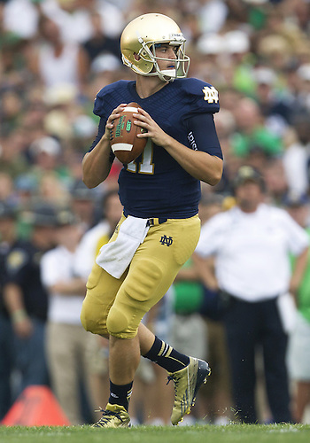 August 31, 2013:  Notre Dame quarterback Tommy Rees (11) during NCAA Football game action between the Notre Dame Fighting Irish and the Temple Owls at Notre Dame Stadium in South Bend, Indiana.  Notre Dame defeated Temple 28-6.