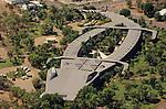 Hotel Gagudju Crocodile à Ubir dans le parc national de Kakadu, construit en forme de crocodiles (250 m de long , 80 m de large)..Australie. Territoires du Nord