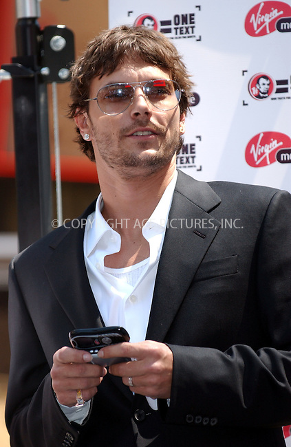 WWW.ACEPIXS.COM . . . . . ....June 21, 2006. ....Kevin Federline makes appearance in Times Square to lobby for penny awareness for Virgin Mobile USA's new one-cent text messaging offer and charity penny drive. ....Please byline: KRISTIN CALLAHAN - ACEPIXS.COM.. . . . . . ..Ace Pictures, Inc:  ..(212) 243-8787 or (646) 769 0430..e-mail: info@acepixs.com..web: http://www.acepixs.com
