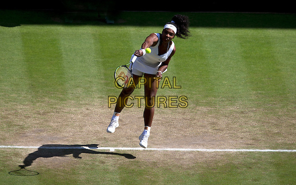 London - July 10: Serena Williams (USA) [1] in action against Maria Sharapova (RUS) [4] in their Ladies' Singles Semi Final match today - Serena Williams (USA) [1] def Maria Sharapova (RUS) [4] 6-2 6-4.  <br /> CAP/MPI/BSAP<br /> &copy;BSAP/MPI/Capital Pictures