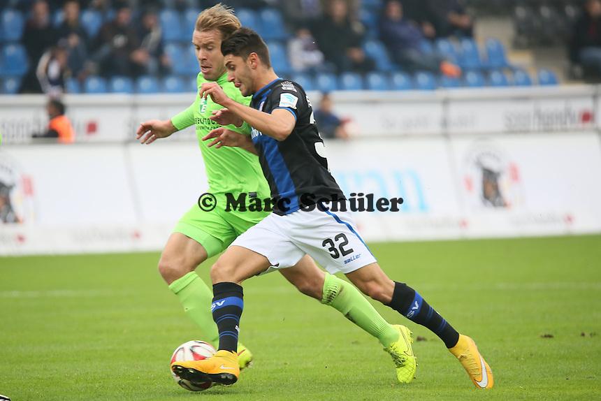 Vincenzo Grifo (FSV) gegen Oliver Schröder (Aue) in die Zange genommen - FSV Frankfurt vs. FC Erzgebirge Aue, Frankfurter Volksbank Stadion