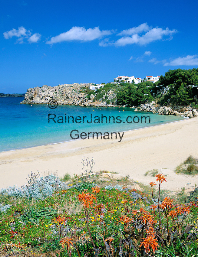 Spain, Balearic Islands, Menorca, near Arenal d'en Castell: secluded beach section in the North   Spanien, Balearen, Menorca, bei Arenal d'en Castell: einsamer Strandabschnitt im Norden