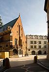 Plac Mariacki i wejscie do kosciola sw Barbary