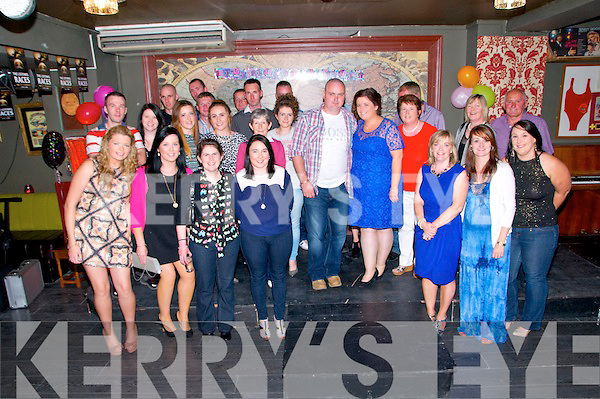 30th Birthday : Karen Curtin, Lyrecrompane enjoying her 30th birthday with family & friends at The Mermaids Bar, Listowel on Saturday night last.