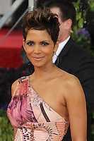BEVERLY HILLS, CA - JANUARY 13: Halle Berry at the 70th Annual Golden Globe Awards at the Beverly Hills Hilton Hotel in Beverly Hills, California. January 13, 2013. Credit: mpi29/MediaPunch Inc. /NortePhoto