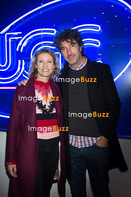 EXCLUSIF : NO WEB, NO BLOG -<br /> Alexandra Lamy et le r&eacute;alisateur Eric Lavaine, lors de l'avant-premi&egrave;re du film &quot; L'Embarras du choix &quot; &agrave; l'UGC De Brouck&egrave;re &agrave; Bruxelles.<br /> Belgique, Bruxelles, 27 f&eacute;vrier 2017<br /> EXCLUSIVE : NO WEB, NO BLOG -<br /> French actress Alexandra Lamy and director Eric Lavaine attend the movie Premiere of ' L'Embarras du choix ' at the De Brouck&egrave;re UGC Cinemas in Brussels.<br /> Belgium, Brussels, 27 February 2017