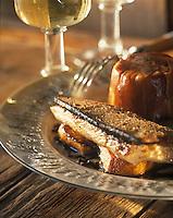"""Europe/France/Rhone-Alpes/74/Haute-Savoie/Megève: Filet de fèra au pain d'alpage et petit farcement - Recette du restaurant """"La Taverne du Mont d'Arbois"""""""