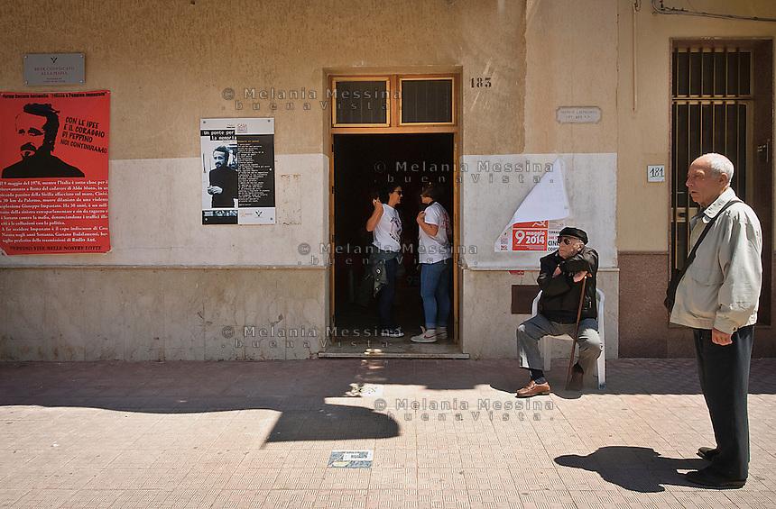 casa del boss Gaetano Badalamenti, confiscata alla mafia e assegnata a radio Aut. <br /> Badalamenti house now the seat of radio 100 passi