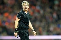 GRONINGEN -  Voetbal, Nederland - Noorwegen, Noordlease stadion, WK kwalificatie vrouwen, 24-10-2017,    Arbiter Jana Adamkova