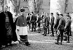 Wizyta delegacji wpiskopatu Niemiec w muzeum Auschwitz. lata 80, XX wieku. PRL