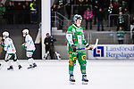 V&auml;ster&aring;s 2014-03-08 Bandy SM-semifinal 4 V&auml;ster&aring;s SK - Hammarby IF :  <br /> Hammarbys Ulf Einarsson deppar<br /> (Foto: Kenta J&ouml;nsson) Nyckelord:  VSK Bajen HIF depp besviken besvikelse sorg ledsen deppig nedst&auml;md uppgiven sad disappointment disappointed dejected