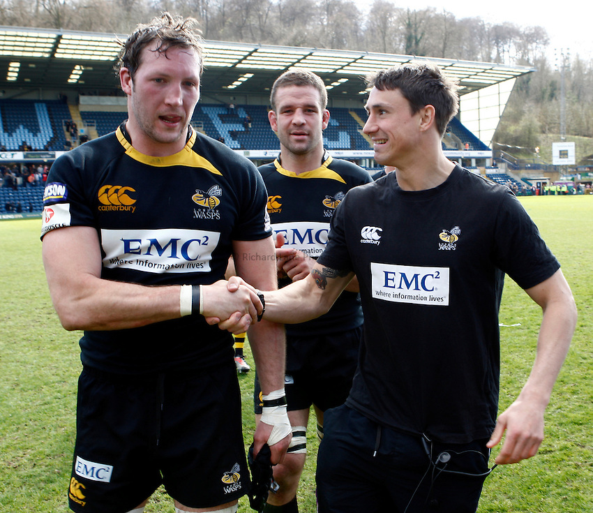 Photo: Richard Lane/Richard Lane Photography. London Wasps v Gloucester Rugby. Amlin Challenge Cup Quarter Final. 11/04/2010. Wasps' George Skivington and Rob Hoadley after the game.