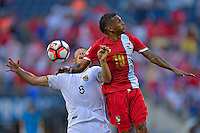 Action photo during the match Panama vs Bolivia, Corresponding Group -D- America Cup Centenary 2016, at Citrus Bowl Stadium<br /> <br /> Foto de accion al partido Panama vs Bolivia, Correspondiante al Grupo -D-  de la Copa America Centenario USA 2016 en el Estadio Citrus Bowl, en la foto: (i-d)Martin Smedberg y Alberto Quintero<br /> <br /> 06/06/2016/MEXSPORT/Isaac Ortiz.