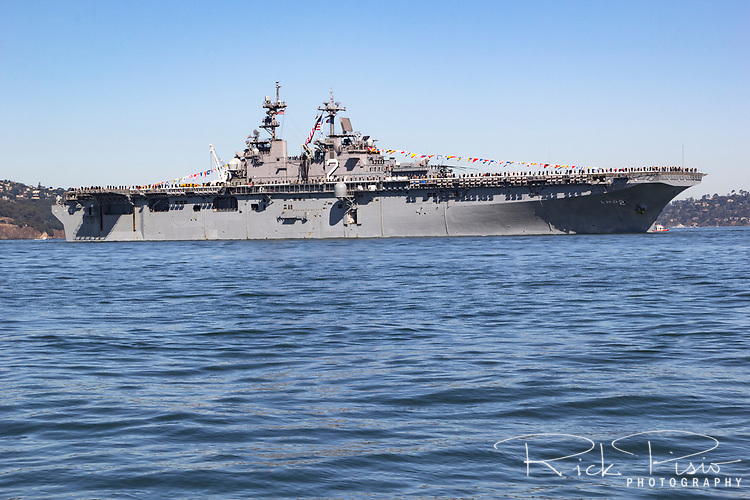 United States Navy Wasp-class amphibious assault ship USS Essex (LHD-2) on San Francisco Bay.