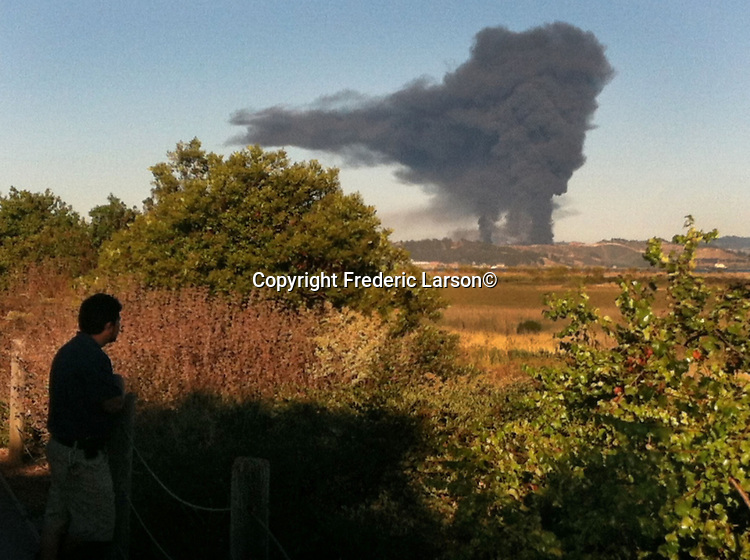 Smoke from a Chevron fire at a refinery plant in Richmond California view from San Rafael, CA.