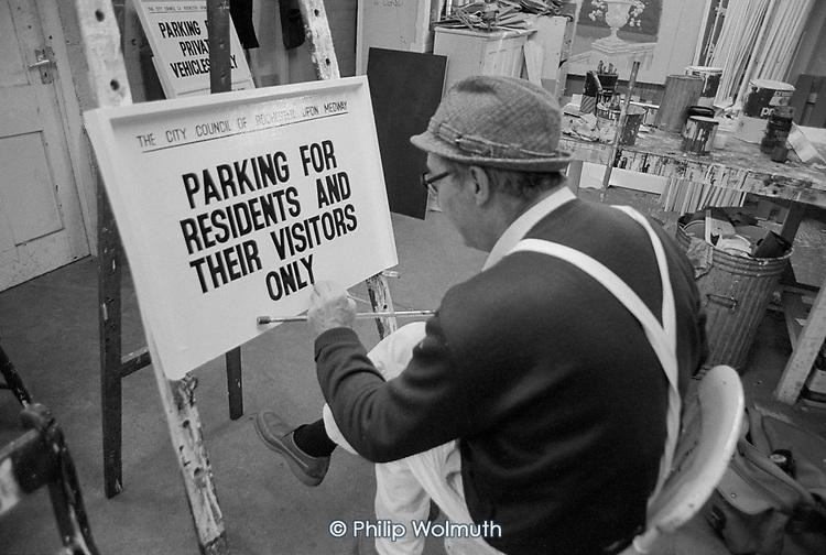 Medway DLO sign writer, Kent.