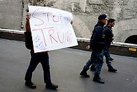Roma, 22 Aprile 2017<br /> Stop Trump.<br /> Marcia per la scienza.<br /> March for science<br /> In oltre 500 citt&agrave; di tutto il mondo sono state organizzate manifestazioni per sensibilizzare opinione pubblica e politica sui temi della ricerca scientifica, ed era nata per protestare contro le politiche anti-scientifiche di Trump.