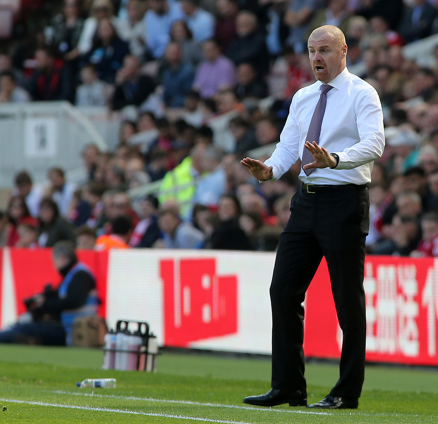 Burnley manager Sean Dyche urges his team to calm things down<br /> <br /> Photographer David Shipman/CameraSport<br /> <br /> The Premier League - Middlesbrough v Burnley - Saturday 8th April 2017 - Riverside Stadium - Middlesbrough<br /> <br /> World Copyright &copy; 2017 CameraSport. All rights reserved. 43 Linden Ave. Countesthorpe. Leicester. England. LE8 5PG - Tel: +44 (0) 116 277 4147 - admin@camerasport.com - www.camerasport.com