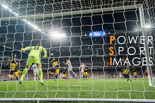 Diego Roberto Godin Leal of Atletico de Madrid in action during their 2016-17 UEFA Champions League Semifinals 1st leg match between Real Madrid and Atletico de Madrid at the Estadio Santiago Bernabeu on 02 May 2017 in Madrid, Spain. Photo by Diego Gonzalez Souto / Power Sport Images