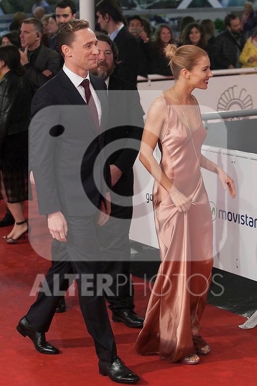 Actors Sienna Miller and Tom Hiddleston arrive to `High Rise´ film premiere during 63rd Donostia Zinemaldia (San Sebastian International Film Festival) in San Sebastian, Spain. September 22, 2015. (ALTERPHOTOS/Victor Blanco)