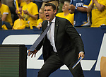 15.05.2018, EWE Arena, Oldenburg, GER, BBL, Playoff, Viertelfinale Spiel 4, EWE Baskets Oldenburg vs ALBA Berlin, im Bild<br /> unter Volldampf<br /> Mauro PARRA (EWE Baskets Oldenburg #Assistant Coach)<br /> Foto &copy; nordphoto / Rojahn