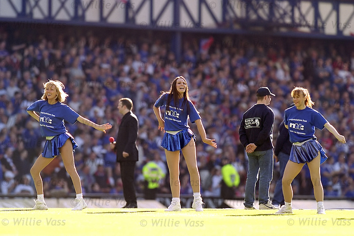 Rangers cheerleaders April 2000